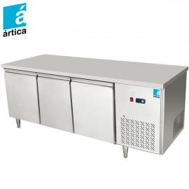 Mesa de refrigeración RDMRI130 de 3 puertas