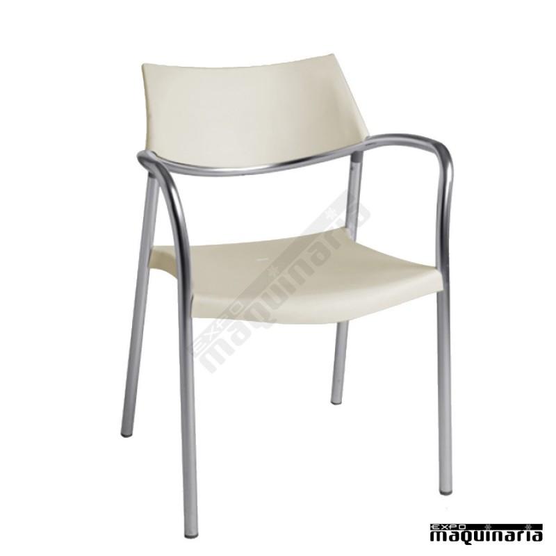 silla de dise o apilable de hosteler a resplash