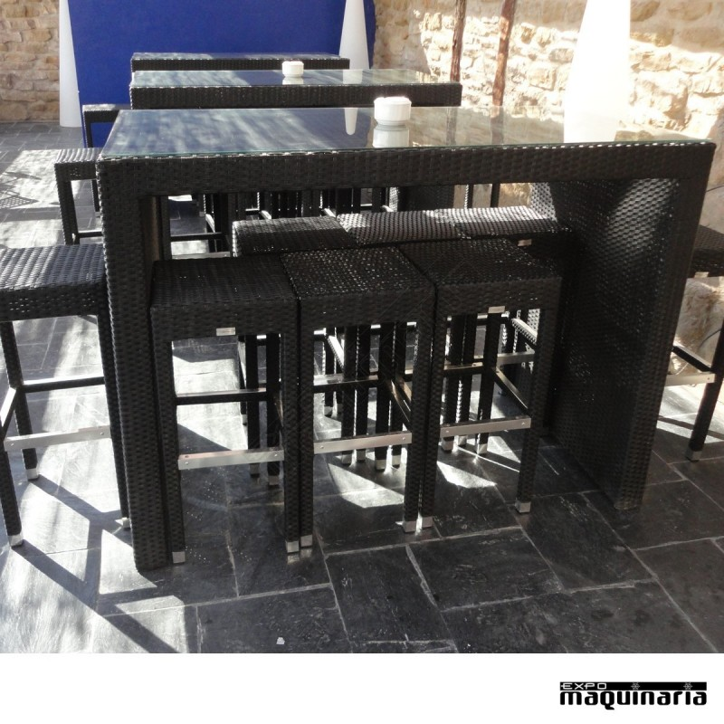 Conjunto de mesa alta 8 taburetes de rattan for Conjuntos de rattan para terrazas