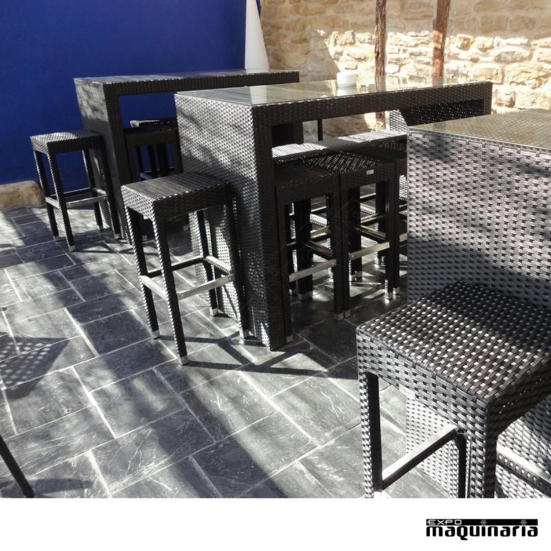 Conjunto de mesa alta 8 taburetes de rattan for Conjunto rattan barato