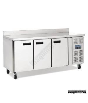 Mostrador refrigerado NIDL915 con peto de 3 puertas y 417 litros