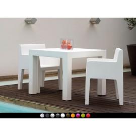 Mesa de diseño Jut By Vondom (90 cm)