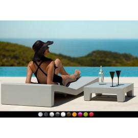 Mesa baja de diseño Jut By Vondom (60 cm)