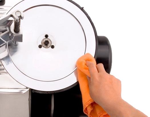 Limpiar cortadora de fiambres